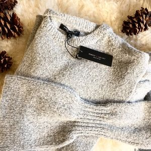 NWT ROMEO & JULIET COUTURE GREY SWEATER DRESS